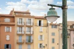 Старые здания в St Tropez. стоковые фото
