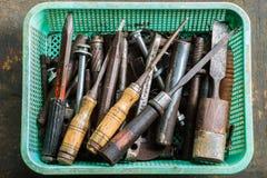 Старые инструмент, болт, гайка и зубило Стоковые Изображения