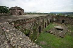 старые испанские руины форта в двоеточии Панаме стоковые фотографии rf