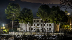Старые казармы дома гражданского предохранителя, на самолетах Аликанте, Испания Стоковое фото RF