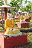 Старые каменные статуи Будды, Bodhi Tataung, Monywa, Мьянмы Стоковые Изображения
