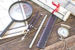 Старые карты с инструментами Стоковое фото RF