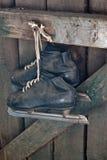 Старые коньки хоккея Стоковое Изображение RF