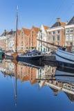 Старые корабли и склады в историческом центре Groningen Стоковые Изображения
