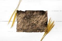 Старые коричневая бумага и пшеница Стоковое Изображение