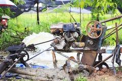 Старые машины водяной помпы. Стоковая Фотография