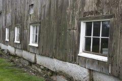 Старые окна амбара Стоковые Фото