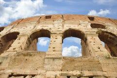Старые окна Colosseum, Рима, Италии Стоковые Изображения