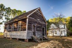 Старые дома в парке исторической достопримечательности Стоковое Изображение RF