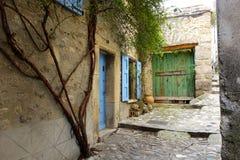 Старые дома в французской деревне Стоковое фото RF