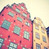 Старые дома на квадрате Stortorget Стоковая Фотография