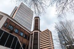 Старые офисные здания в фото Бельгии принятом снизу Стоковые Изображения RF