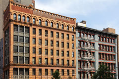 Старые офисные здания в более низком Манхаттане Стоковая Фотография RF