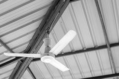 Старые потолочные вентиляторы стоковое изображение