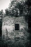 Старые разрушанные руины замка Стоковые Изображения