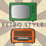 Старые ретро телевидение и радио иллюстрация вектора