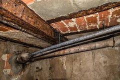 Старые ржавые стальной трубы структуры и дренажа Стоковое Изображение RF