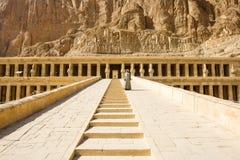 Старые руины большого виска Hatshepsut Стоковая Фотография RF