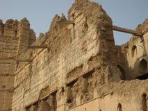 Старые руины замка в султанате Омана стоковые изображения rf