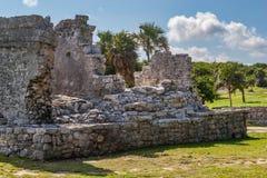 Старые руины на Tulum, Мексике Стоковое Изображение