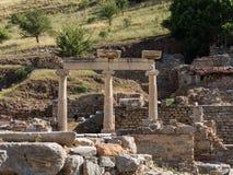 Старые руины старого греческого города Ephesus Стоковая Фотография RF