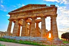 Старые руины Paestum Италия стоковые изображения rf