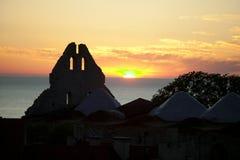 Старые средневековые руины в Visby.JH Стоковое Изображение RF
