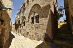 Старые старинная улица и дома в городе Яффы, около Тель-Авив, Израиль стоковые фото