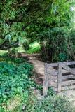 Старые строб и путь фермы в Новой Зеландии Стоковые Фото