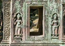 Старые украшения Angkor Wat в Камбодже Стоковое фото RF