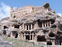 Старые усыпальницы утеса Lycian стоковое изображение rf