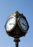 Старые часы в Бухарест стоковое изображение rf