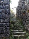 Старые шаги дороги стоковая фотография