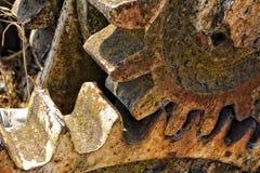 Старые шестерни атаковали ржавчиной стоковое фото rf
