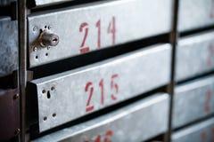 Старые postboxes утюга с замками Стоковое Изображение