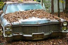 Старый автомобиль утиля стоковое фото rf