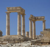 Старый акрополь в Родосе. Город Lindos. Греция Стоковая Фотография