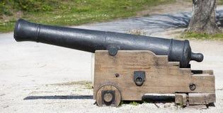 Старый антиквариат, винтажный малый канон гражданской войны стоковое фото rf
