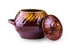 Старый бак глиняного кувшина варя на белизне Стоковое Фото
