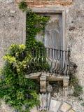 Старый балкон в Тоскане Стоковое фото RF