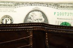 Старый бумажник с банкнотами долларов США внутрь Стоковое Фото