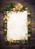 Старый бумажный граничить с украшением рождества Стоковые Фото