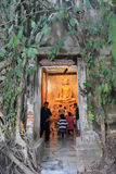 Старый Будда на виске Bangkung Стоковое Фото