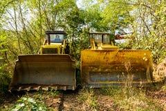 Старый бульдозер забытый в шахте Стоковые Фотографии RF