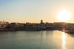 Старый венецианский порт в Rethymno, острове Крита, Греции стоковое изображение rf