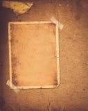 Старый винтажный альбом с бумажными рамками Стоковые Фотографии RF