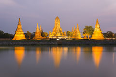 Старый висок имя Wat Chaiwatthanaram в Ayutthaya историческом p Стоковые Фото