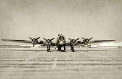 Старый вид спереди бомбардировщика Стоковые Изображения RF