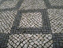 старый вымощая малый городок улицы камней Стоковые Изображения RF