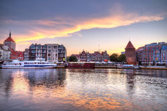 Старый городок Гданьск на заходе солнца Стоковая Фотография